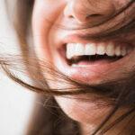 दांतो के पीलेपन से है परेशान, अपनाये ये 5 घरेलू नुस्खे, मिनटो में पाए मोती जैसी चमक